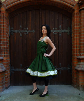 c28ce65f622947 Romantik Petticoatkleid Grün beige Tanzkleid mit Schleife