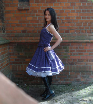 Petticoat Kleid 50er Lila & Weiße Punkte