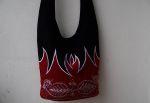 Ornament Tasche Stickerei Rot Schwarz Flamme