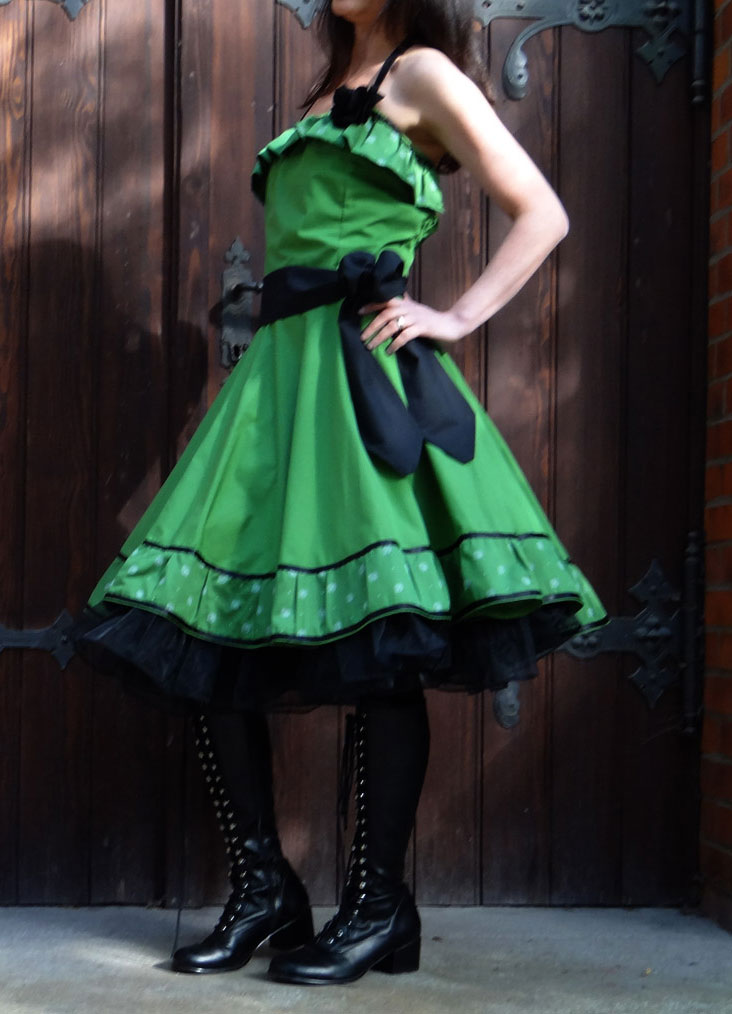 petticoatkleid 60er Jahre grün Volants Tüll Tüllunterrock Petticoat