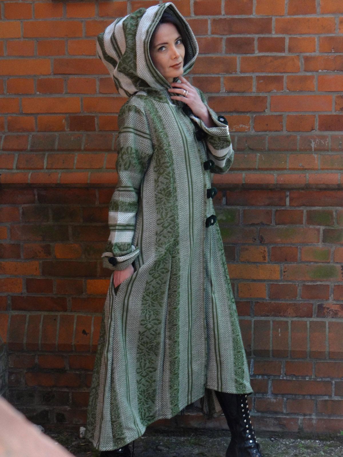 Orient Wollmantel Grün weiß Samtknöpfe Kapuzenwollmantel Kapuze