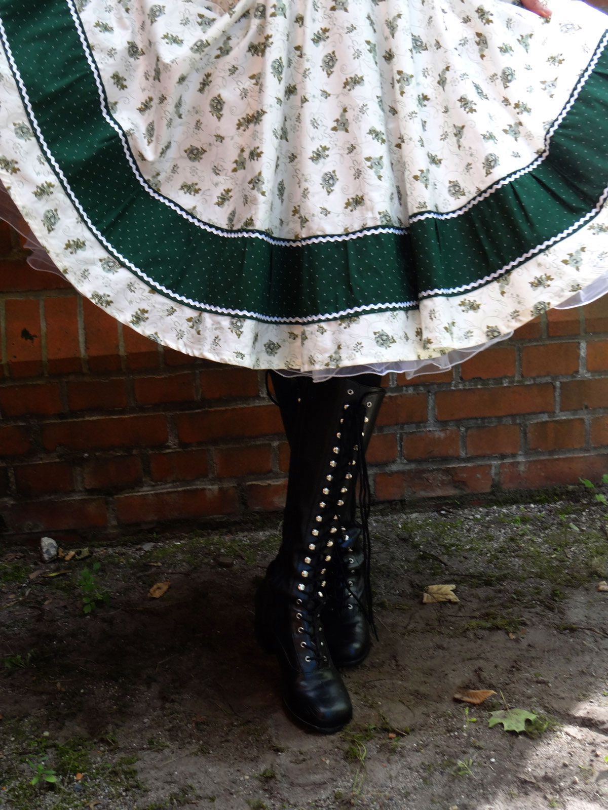 Trachtenrock Trachtenkleid Petticoat Petticoatkleid 50er Jahre Mode